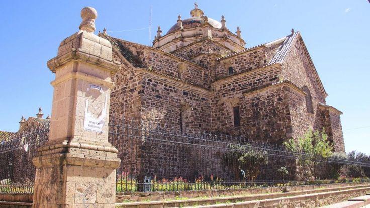 Iglesia de Santiago Apóstol Derechos de autor de la imagen PAUL PALAO
