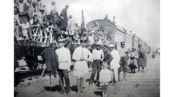 نخستین قطار 11 سپتامبر سال 1929 وارد دوشنبه شد