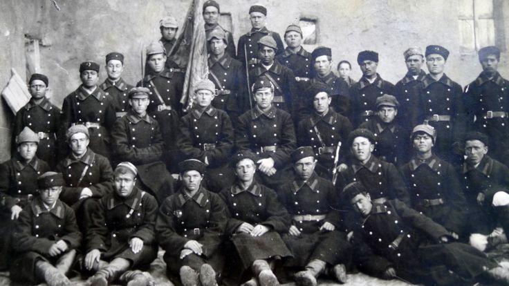 دوشنبه در سال ۱۹۲۶، نخستین دسته پلیس خلق تاسیس شد