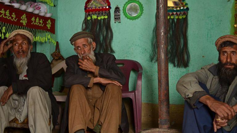 The three speakers of Badeshi