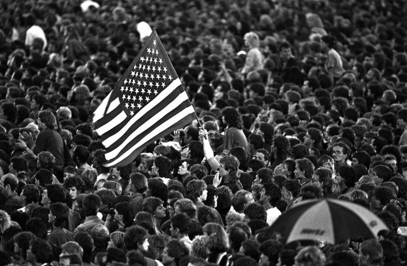 Springsteen'in East Berlin konserindeki kalabalık (1988)