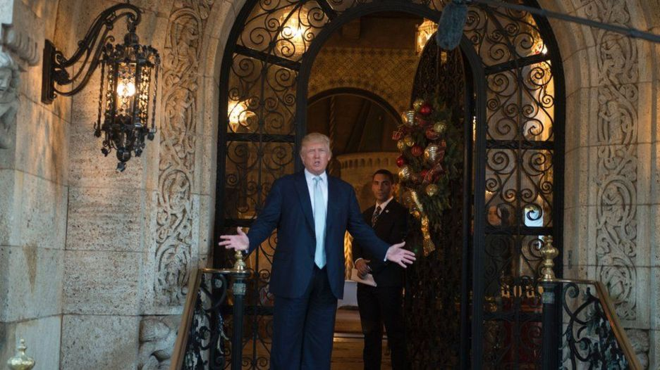 Trump waxa god uga qodan qalciida Mar-a-Lago hoosteeda