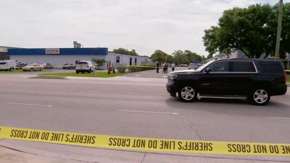 Police near shooting scene in Orlando Florida - 5 June 2017