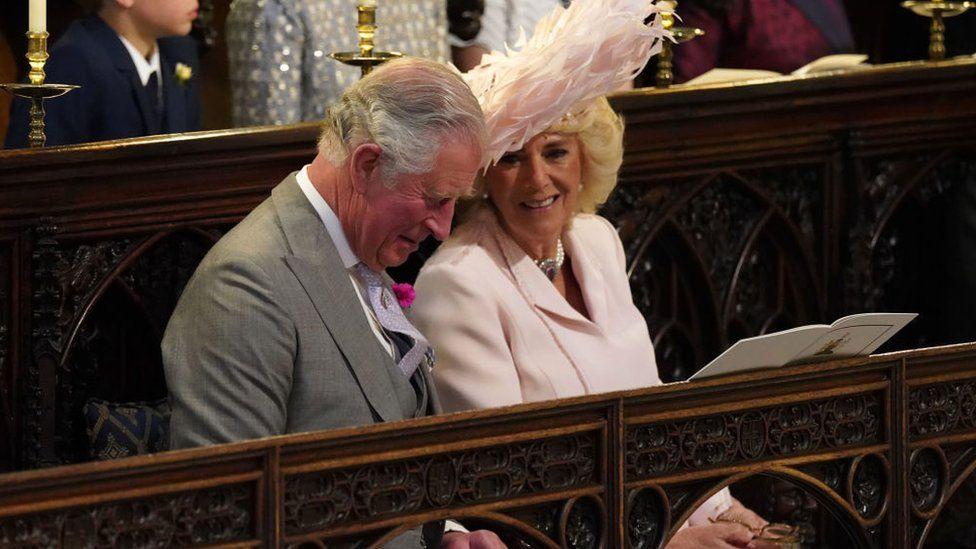 El príncipe Carlos, también duque de Cornualles con su esposa Camila de Cornualles.