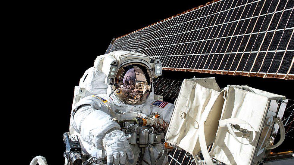 Астронавты подвергаются воздействию космической радиации, и на их организме сказывается отсутствие гравитации