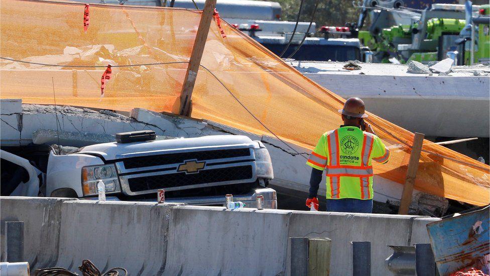 Rescuers retrieve last of 6 killed in bridge collapse (edition.cnn.com)