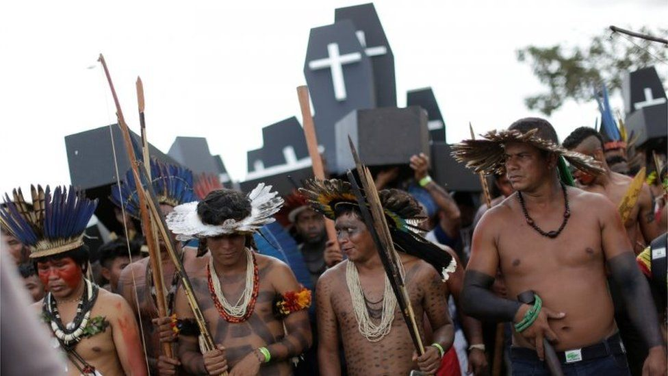 Brazilian indigenous protesters take part in a demonstration in Brasilia, Brazil April 25, 2017