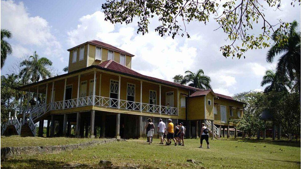 曼尼凱思(Finca Las Manacas),卡斯特羅家族房產