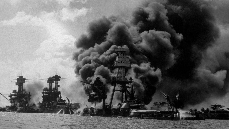 Ataque a Pearl Harbor el 7 de diciembre de 1941.