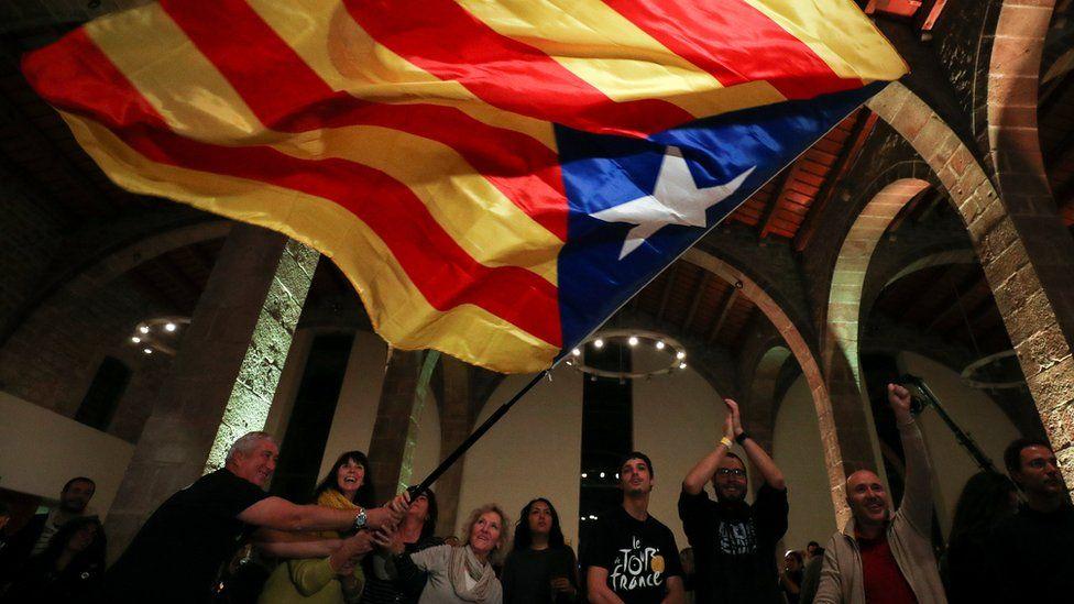 ¿Qué pasa con la independencia de Cataluña tras el dividido resultado de las elecciones?
