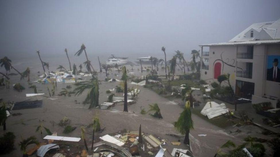 St Martin'deki lüks oteller, Kasırga nedeniyle tamamiyle tahliye edildi.