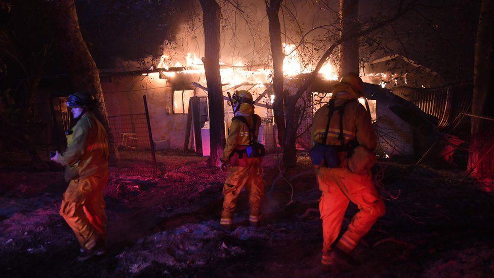 Incendio en Carpinteria, California
