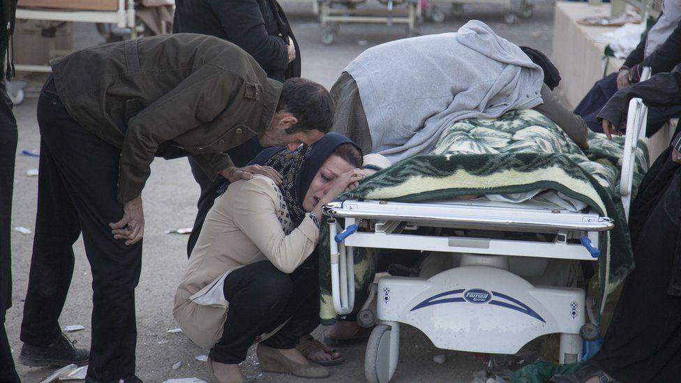 Serpol Zehap ölen birinini başında ağıt yakan kadın