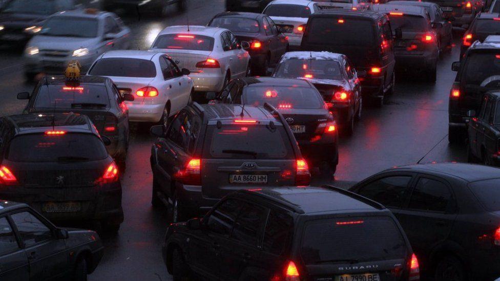 Пробка на дорогах, іномарки