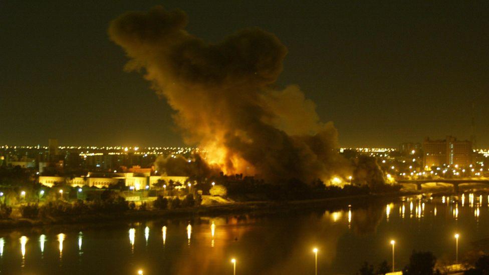 بمباران بغداد قبل از آغاز حمله زمینی به عراق در سال ۲۰۰۳ میلادی