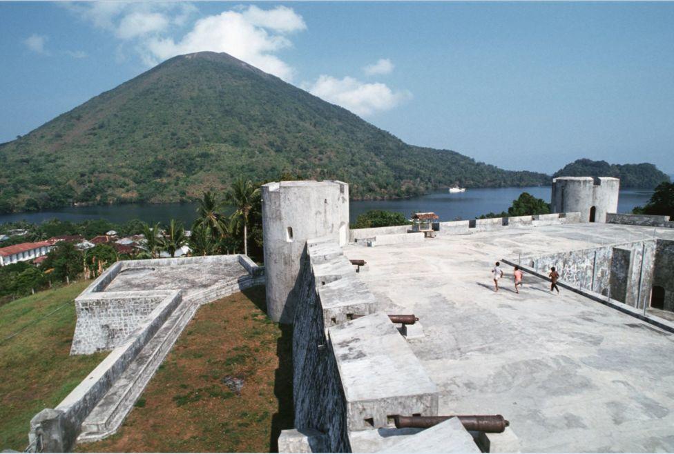 Benteng Fort Belgica, Banda Naira, kota terbesar di kepulauan Banda. | bbc indonesia