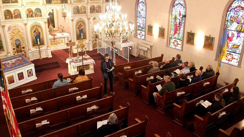 У церкви близько 50 постійних парафіян