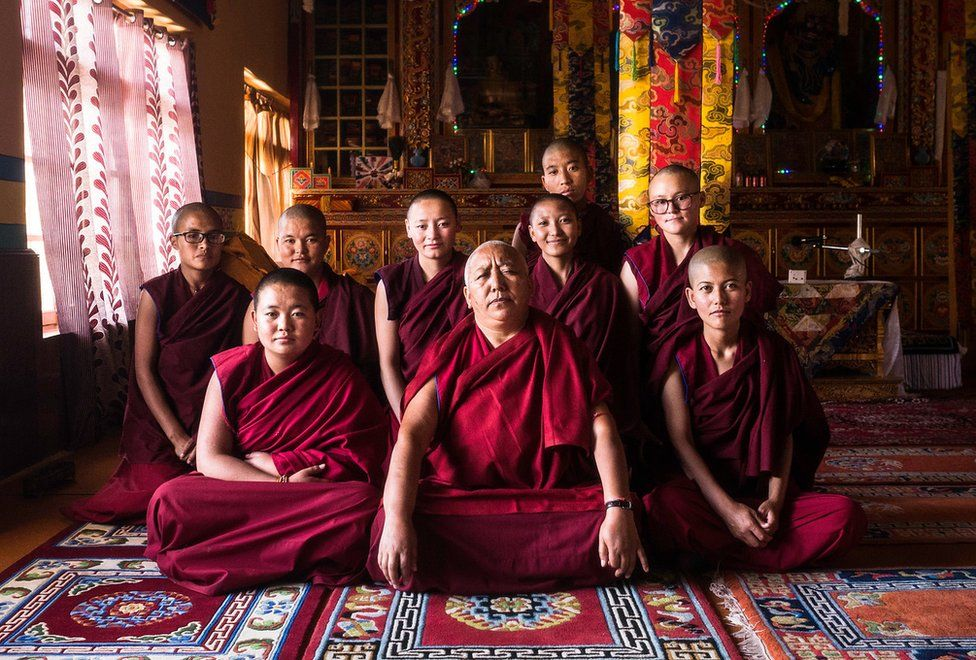 Dr Tsering Plamo with the young nuns