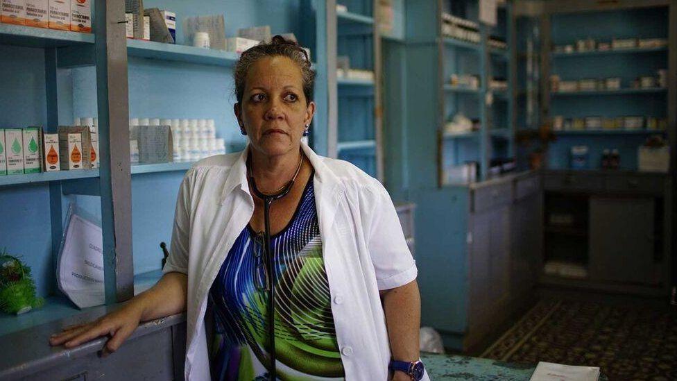 卢阿塞斯(Clara Luaces)医生