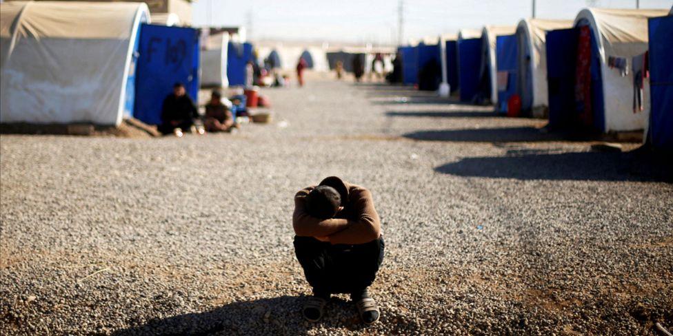 معركة الموصل - صفحة 15 _97279356_campboy_reuters_1400