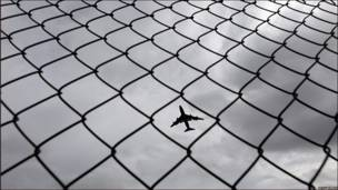 aerolínea, protestas, reino unido,
