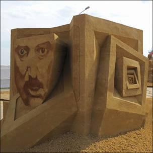 Скульптура из песка Фергуса Мулвани