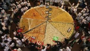 Макаронный торт на Филиппинах