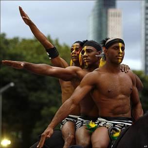 Actores en la ceremonia de inauguración de los festejos