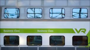 Вагон бизнес-класса на железнодорожном вокзале в Хельсинки