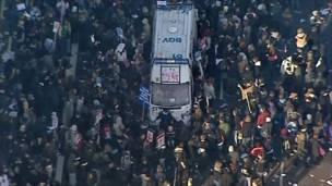 Вид сверху на демонстрацию