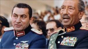 مبارك والسادات
