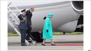 女王抵达都柏林