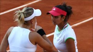 सानिया मिर्ज़ा और ऐलिना वेसनीना