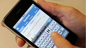 Facebook on mobile phone