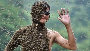 Конкурс пчелоодевания