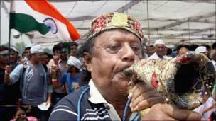 तिहा़ड़ से रामलीला मैदान तक अन्ना की रैली