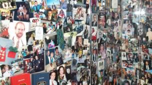 Và hàng ngàn di ảnh của nạn nhân.