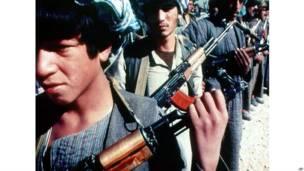 بنادق كلاشينكوف في أفغانستان