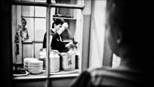 फ़ोटो - मिशा फ़्रीडमेन/कॉसमॉस फ़िल्म्स