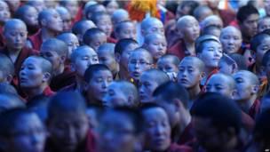 Буддийские монахи в Бихаре