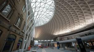 2012年3月6日车站西翼翻新工地状况