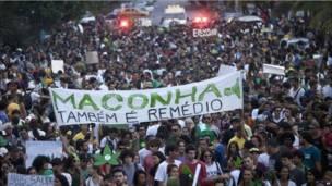 Manifestación promarihuana en Río de Janeiro, Brasil