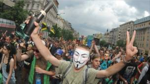 Manifestación promarihuana en Praga
