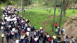 """Panorámica de la marcha """"Ni una más, nunca más"""", Bogotá, Colombia"""