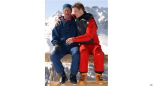 瑞士滑雪場上的父與子