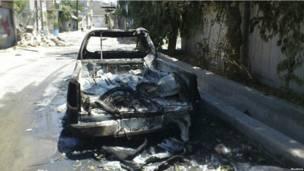 Сгоревшая машина в Дамаске
