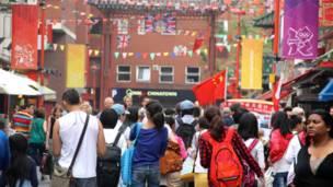 倫敦中國城的中午,奧運元素,中國元素,英國元素一樣不缺。