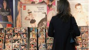 Porno ürünlerin yaygınlığı tartışma konusu