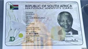 18 जुलाई 2013 को दक्षिण अफ़्रीका में देश के पहले काले राष्ट्रपति नेल्सन मंडेला का 95वां जन्मदिन मनाया गया.
