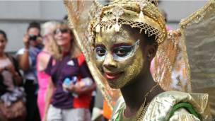 Участница карнавала
